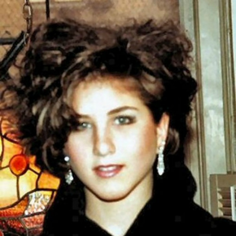 1980s Hair Styles That Will Leave You Shaking Your Head First For Women