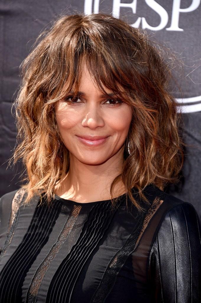 Actresses 50 female older over 5 Celebrities