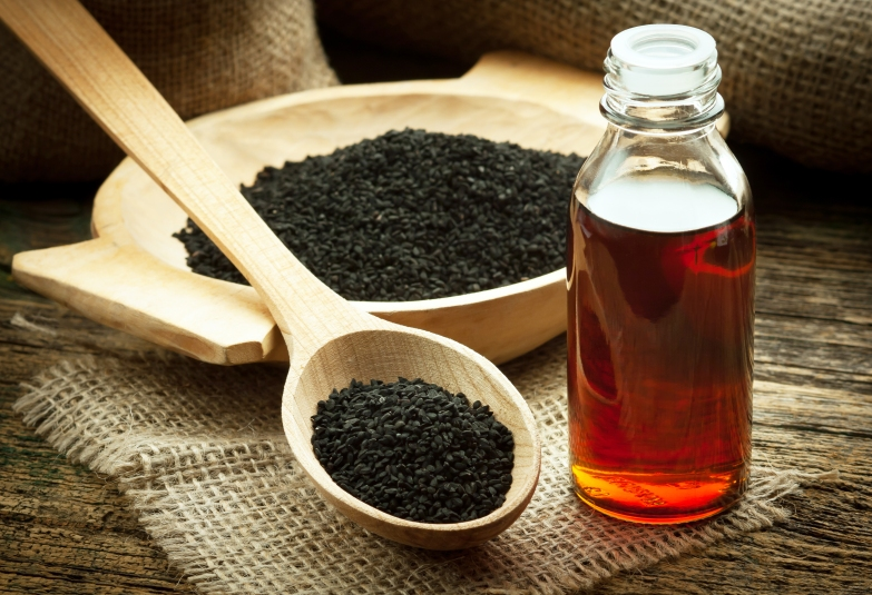 Black Cumin Oil's Benefits: Fighting Inflammation and Speeding Weight Loss