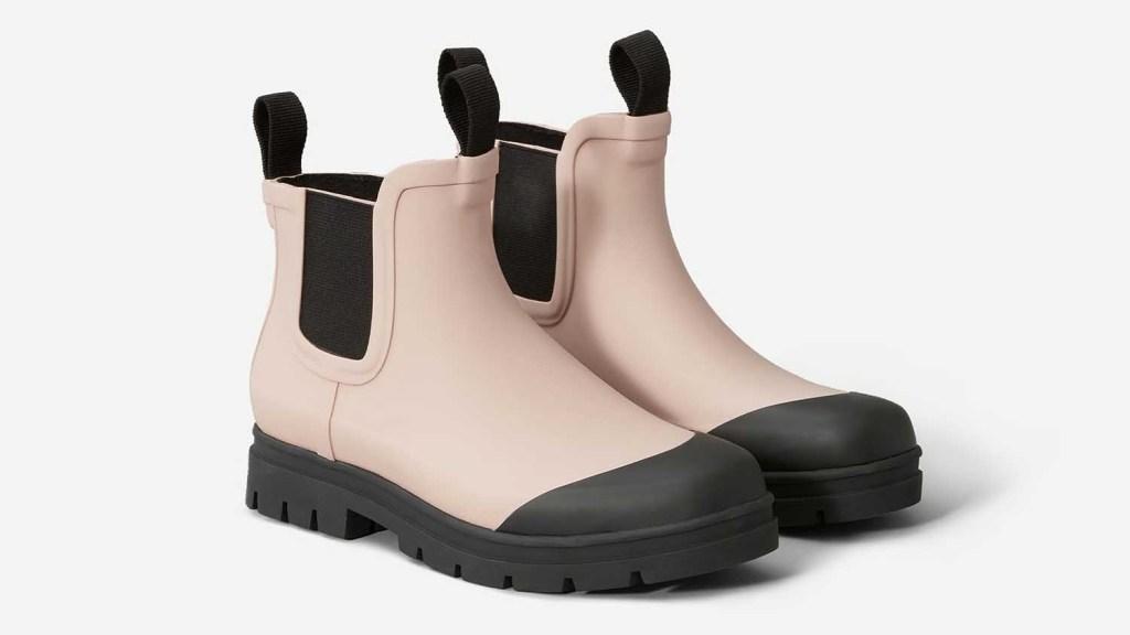 सदाबहार बारिश के जूते