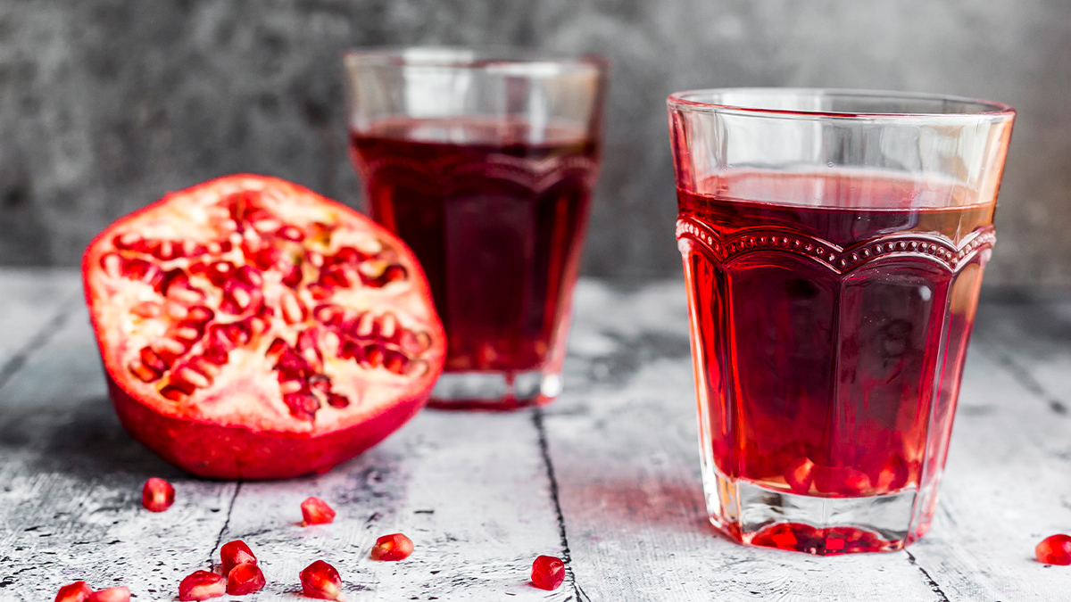 How to Make the Korean Pomegranate Drink That's Helping Women Lose Weight Fast