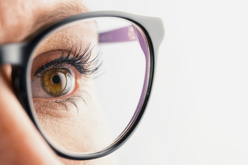 3 Easy Ways to Reverse Eye Aging
