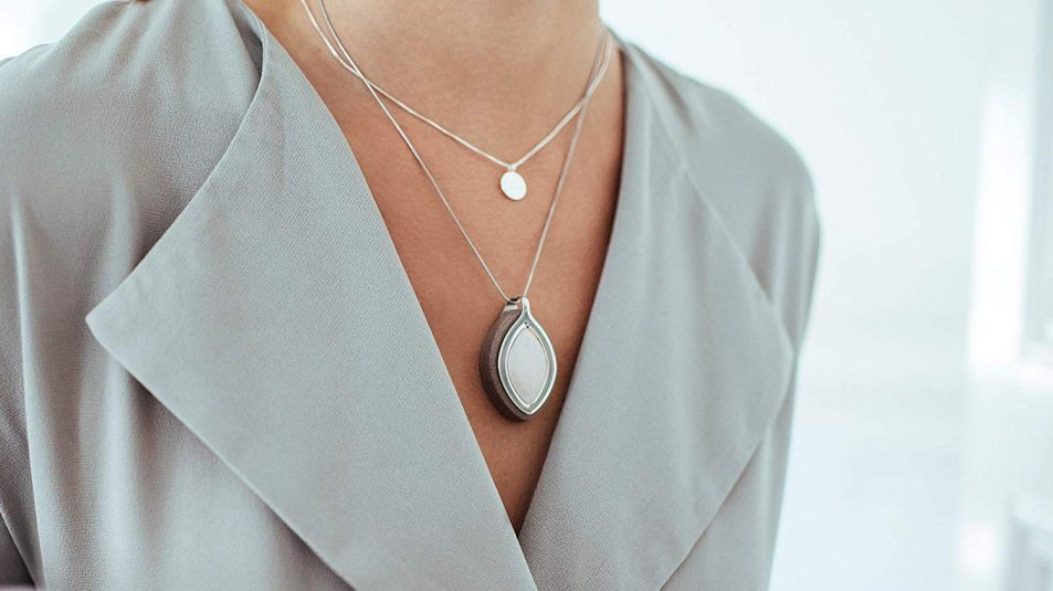 This Crystal Bellabeat Accessory Doubles as a Stress Tracker
