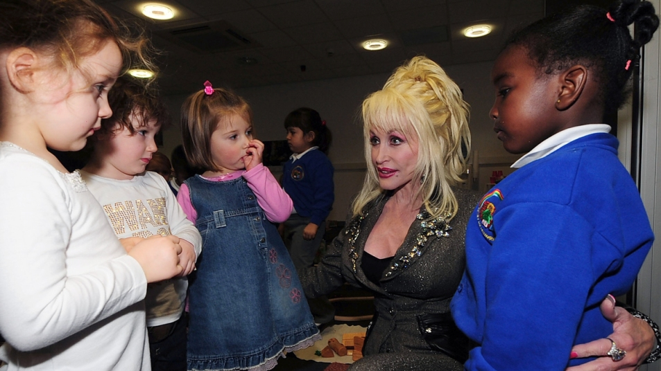 Why Dolly Parton Never Had Kids - First For Women