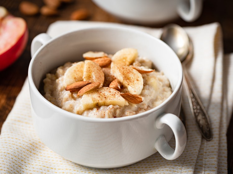 Burn Fat, Lower Blood Sugar, and Lose a Pound a Day With Superfood Oatmeal