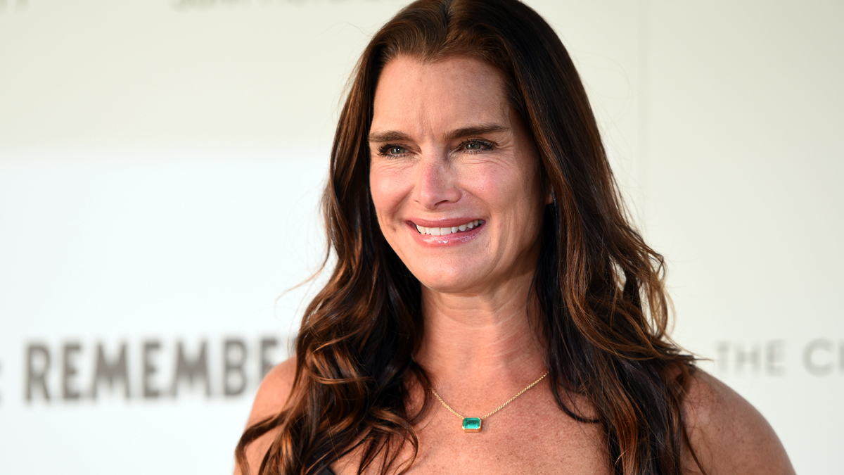 Brooke Shields' Keys to Vibrant Energy - First For Women