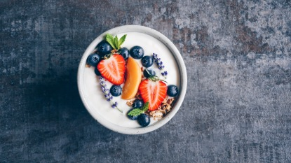 yogurt with fruits lower cholesterol
