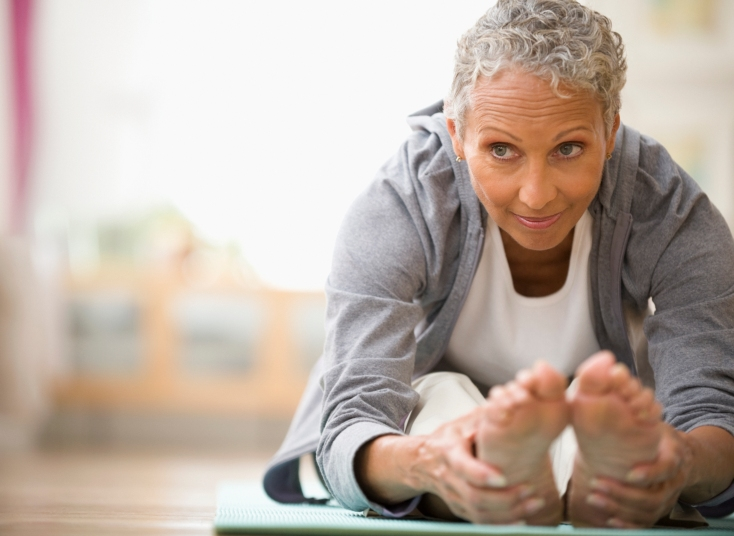 10 Easy Yoga Poses to Relieve Quarantine Anxiety