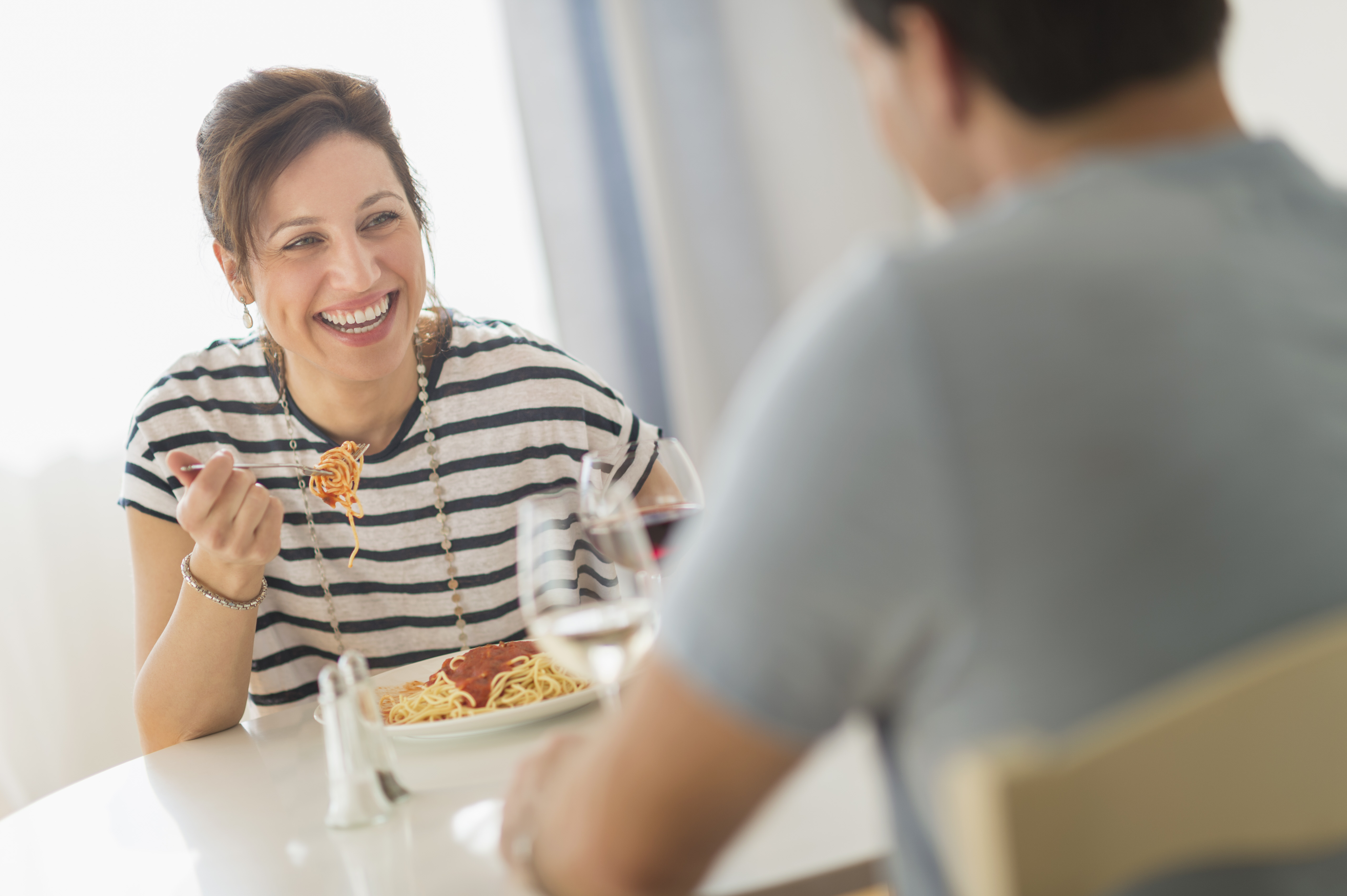 Eating Dinner at This Time Will Help Lower Blood Sugar and Burn Fat, New Study Says