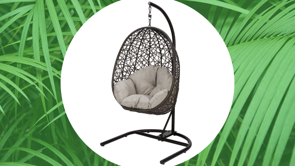 The Best Egg Chairs for Cozy Outdoor Lounging