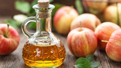 apples and vinegar