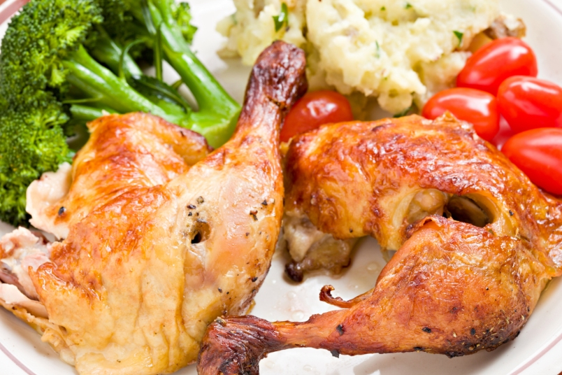 rotisserie chicken with mashed potatoes and broccoli