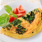omlette with spinach and tomato