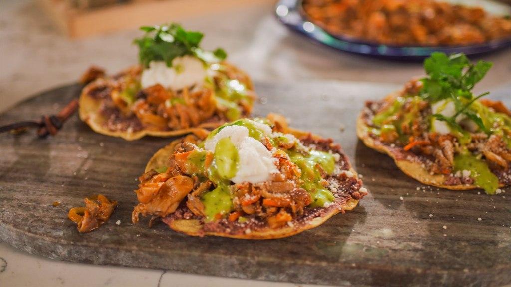 Vegan tinga tacos