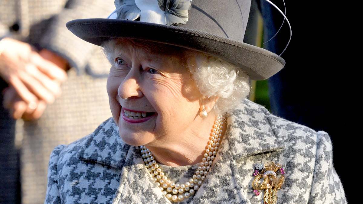 You'll Never Guess the Household Chore Queen Elizabeth ...