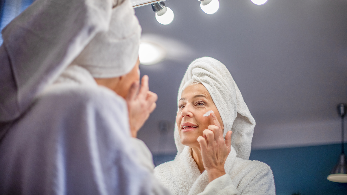 Use This Oxygen-Rich Oil to Reverse Signs of Wrinkles and Skin Imperfections