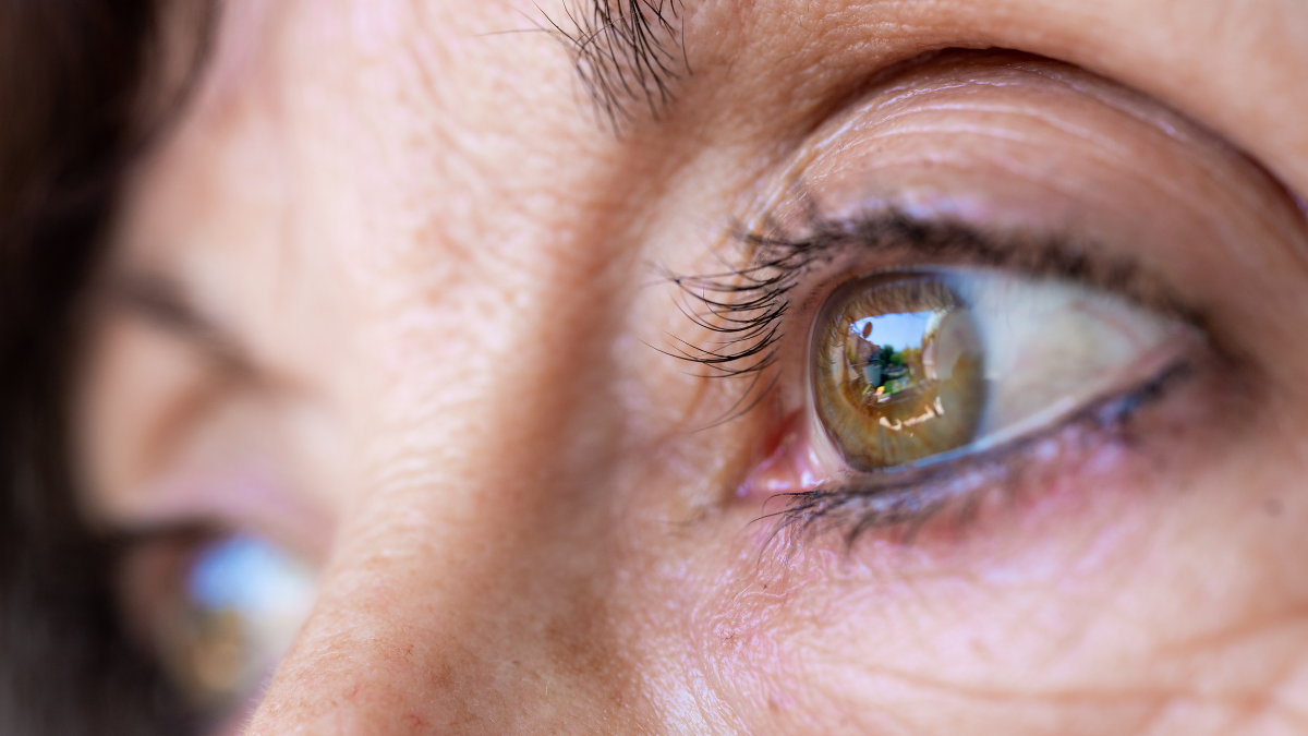Drinking This Boozy Beverage Regularly Can Lower Your Risk of Developing Cataracts as You Age