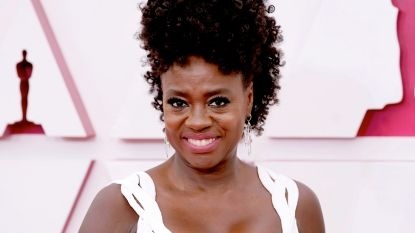 Viola Davis at 2021 Oscars ceremony