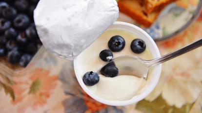 is-full-fat-yogurt-healthier-than-low-fat-yogurt