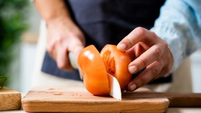 cut-tomatoes-hack