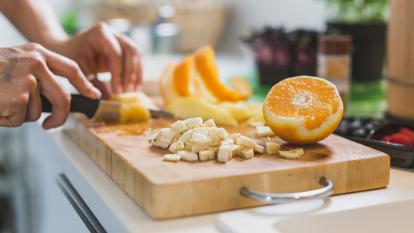 fruitarian-diet-not-healthy