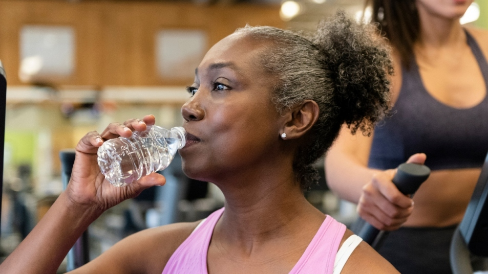 plastic water bottles heat chemicals