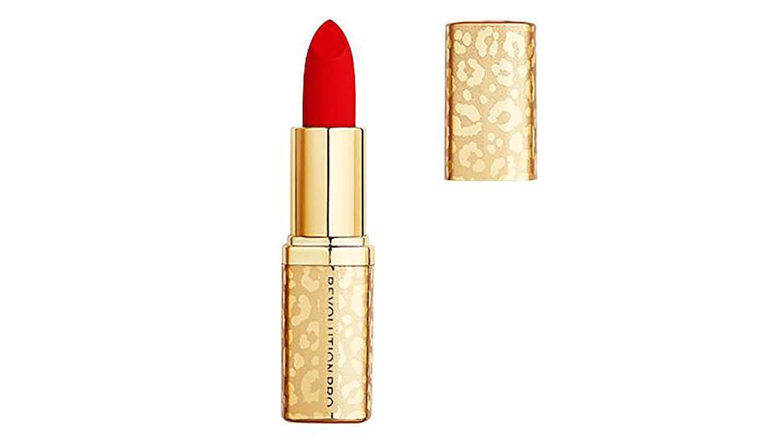 bright red lip color