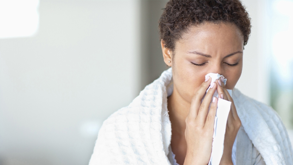 Woman with cold_flu like symptoms_