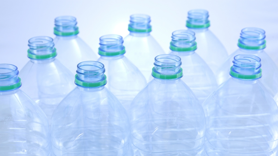 Brilliant uses for plastic bottles mag image