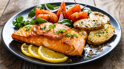 How to cook salmon in an air fryer story image