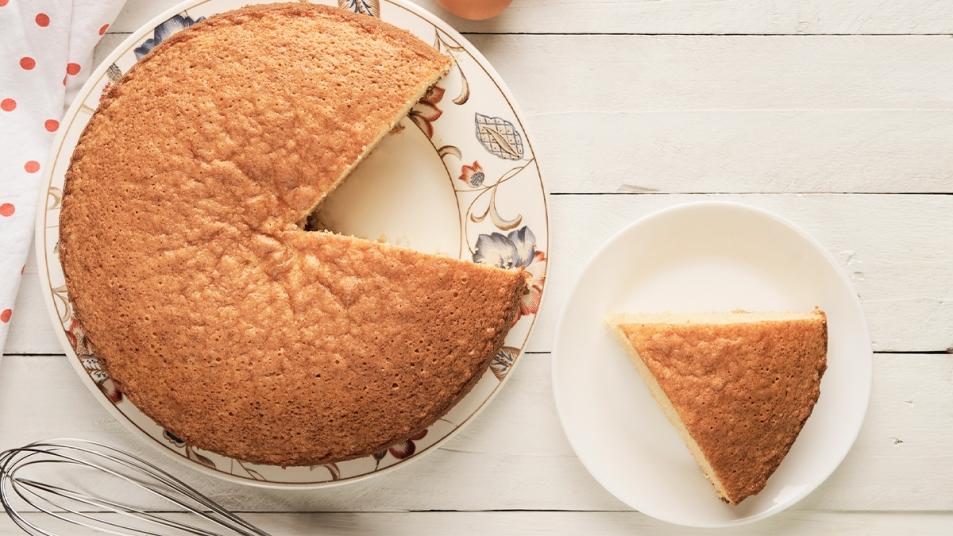 3 ingredient cake thumbnail
