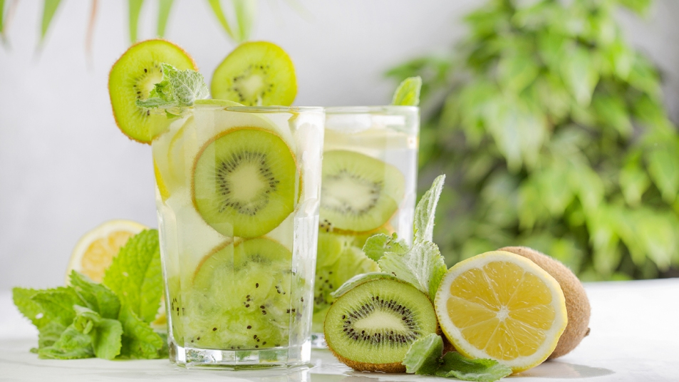 Berry-Kiwi Contentment drink